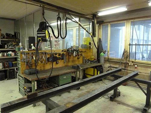 Arbeitsplatz mit wassergekühlter 450 Ampère MAG Schweissanlage von ESAB