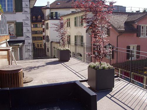 Balkon in Rapperswil mit feinem Staketengeländer